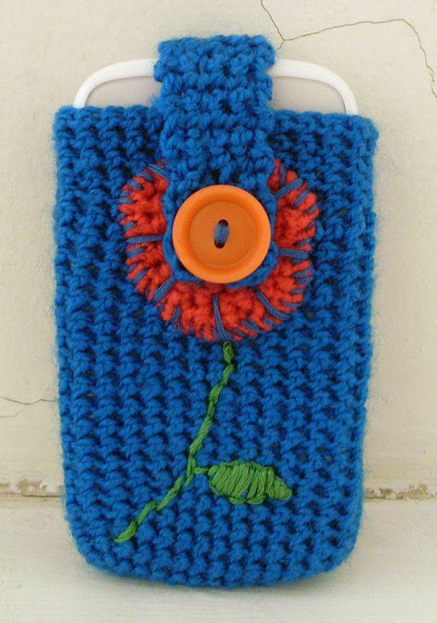 30 Stylish DIY Crochet Phone Cases --> Flower Phone Case