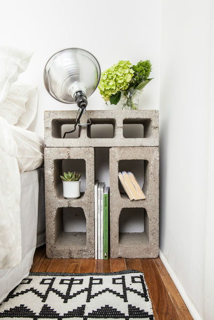20+ Creative Uses of Concrete Blocks in Your Home and Garden --> Concrete block nightstand