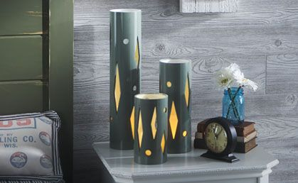 30+ Creative Uses of PVC Pipes in Your Home and Garden --> PVC Table Lamp