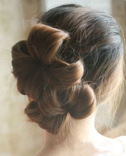 Creative Ideas - DIY Chic Flower Petal Updo Hairstyle 7