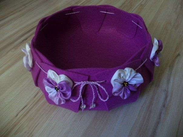 Creative Ideas - DIY Easy and Pretty Felt Basket 9