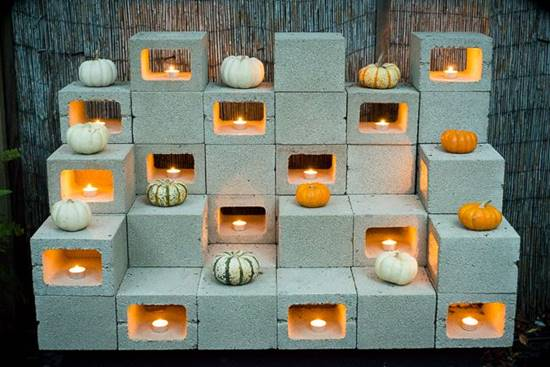 20+ Creative Uses of Concrete Blocks in Your Home and Garden --> DIY Stackable Cinder Block Sculptures