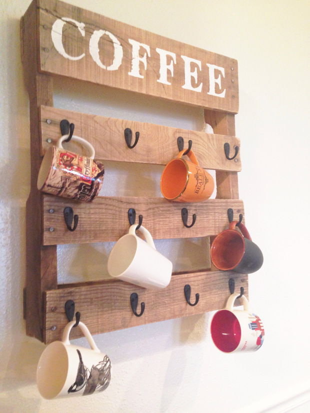 30+ Creative Pallet Furniture DIY Ideas and Projects --> DIY Pallet Coffee Cup Holder