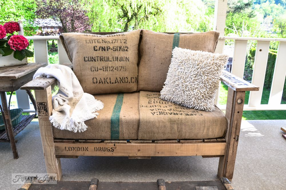 30+ Creative Pallet Furniture DIY Ideas and Projects --> DIY Pallet Wood Patio Chair