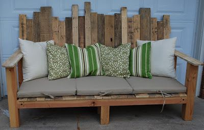 30+ Creative Pallet Furniture DIY Ideas and Projects --> DIY Outdoor Pallet Sofa