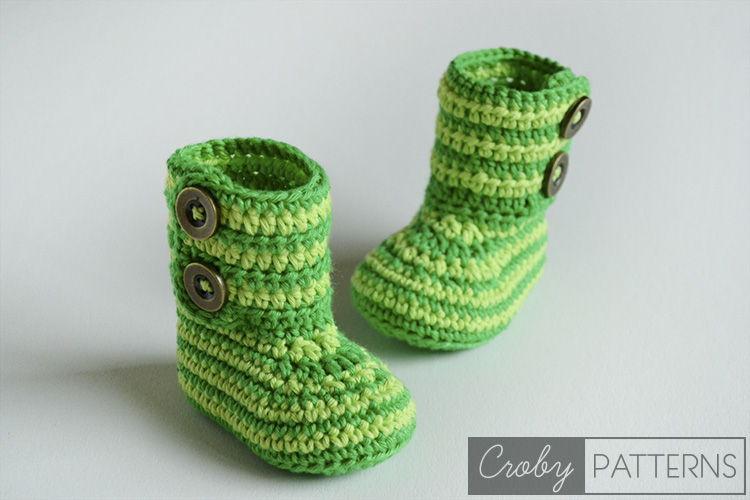 40+ Adorable and FREE Crochet Baby Booties Patterns --> Green Zebra Crochet Baby Booties