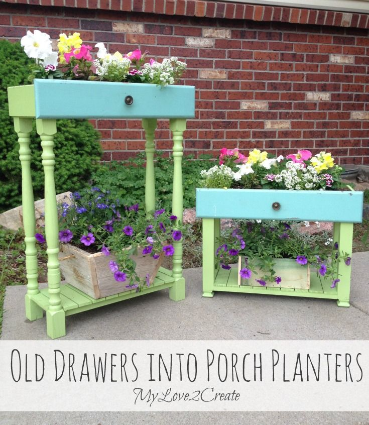 40+ Creative DIY Garden Containers and Planters from Recycled Materials --> Old Drawers Turned into Porch Planters