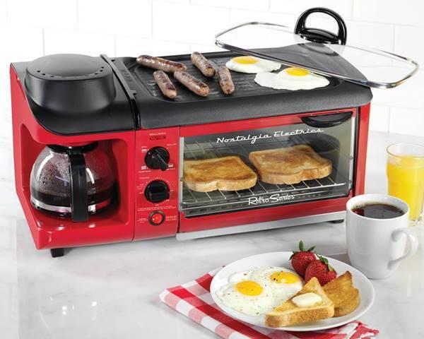 Creative Ideas – Nostalgia Electrics 3-in-1 Breakfast Station
