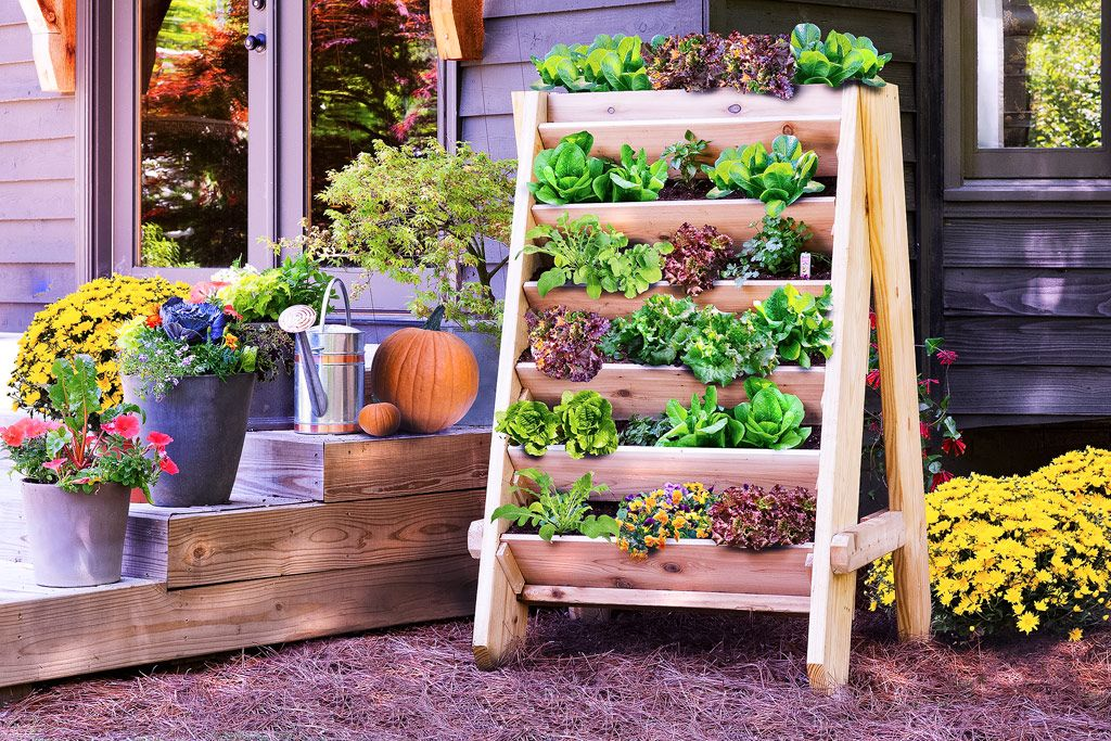 20+ Creative DIY Vertical Gardens For Your Home --> DIY Vertical Herb (or Lettuce) Planter