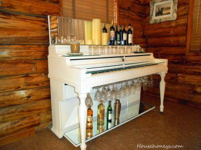 30+ Creative DIY Wine Bars for Your Home and Garden --> DIY Piano Wine Bar