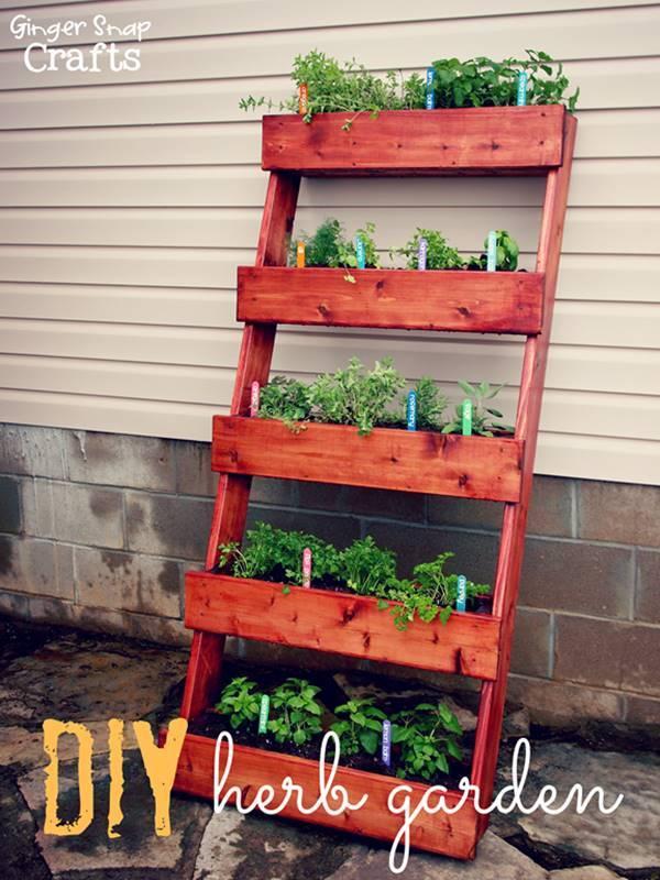 35+ Creative DIY Herb Garden Ideas --> DIY Outdoor Herb Garden