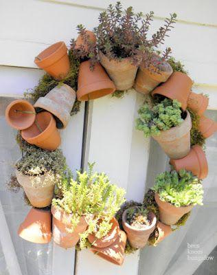 35+ Creative DIY Herb Garden Ideas --> DIY Herb Garden Wreath