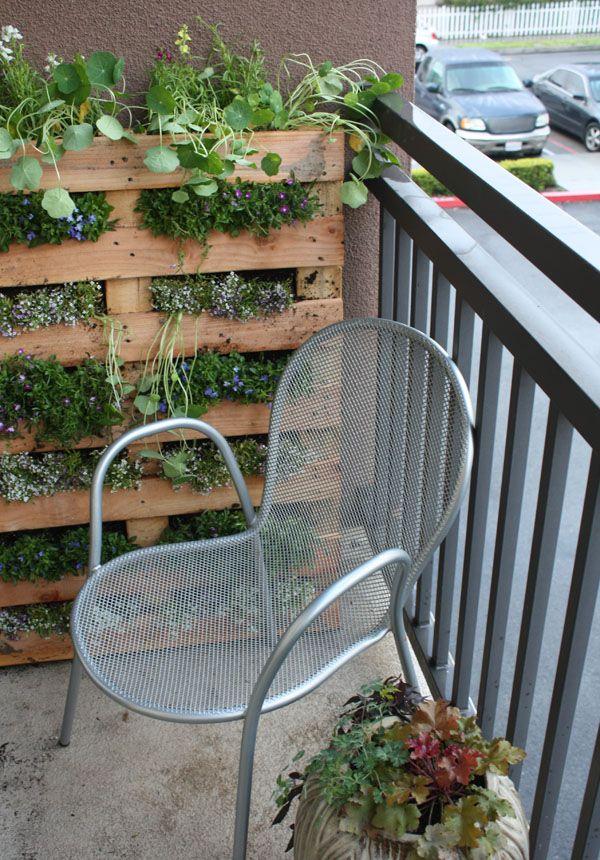 35+ Creative DIY Herb Garden Ideas --> DIY Vertical Pallet Herb Garden on the Balcony