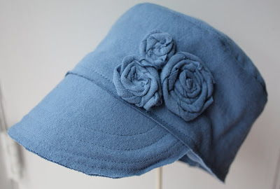 40+ Creative Ideas to Repurpose and Reuse Your Old T-shirts --> DIY T-shirt Hat