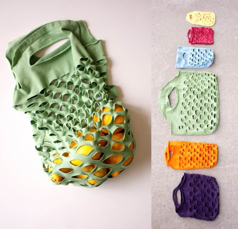 40+ Creative Ideas to Repurpose and Reuse Your Old T-shirts --> Easy Knit Produce Bag