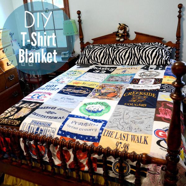 40+ Creative Ideas to Repurpose and Reuse Your Old T-shirts --> DIY T-Shirt Quilt