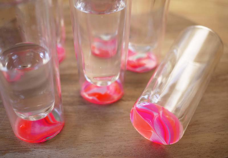 20+ Creative Uses of Nail Polish That You Need to Try --> DIY Marbled Glassware