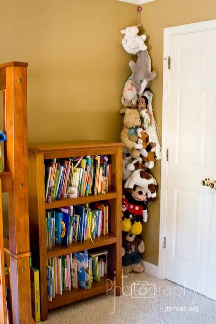 20+ Creative DIY Ways To Organize And Store Stuffed Animal