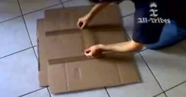 Creative Ideas - DIY Cardboard T-Shirt Folder