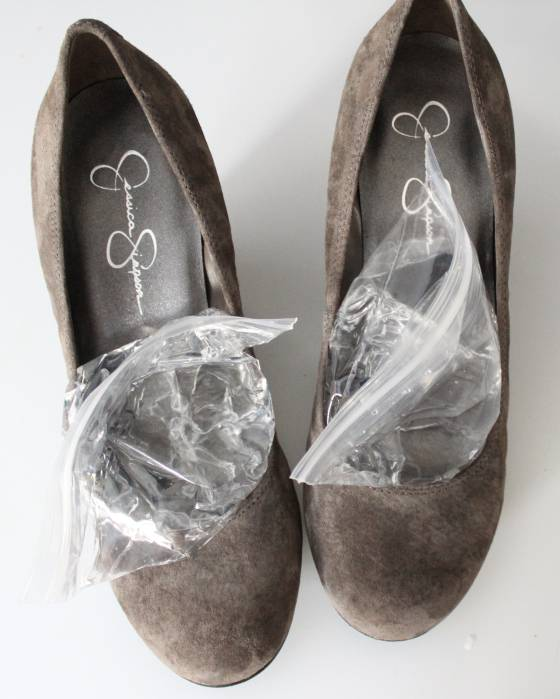 35+ Useful Clothing Hacks Every Woman Should Know --> How to stretch your shoes in the freezer