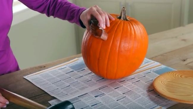 Creative Ideas Diy Easy Pumpkin Carving Using Cookie Cutters