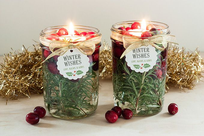 40+ Creative DIY Holiday Candles Projects --> DIY Holiday Floating Candles