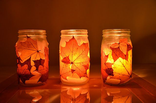 40+ Creative DIY Craft Projects with Fall Leaves --> Autumn Lanterns