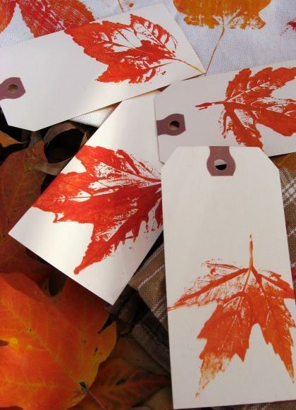 40+ Creative DIY Craft Projects with Fall Leaves --> Leaf Print Gift Tags