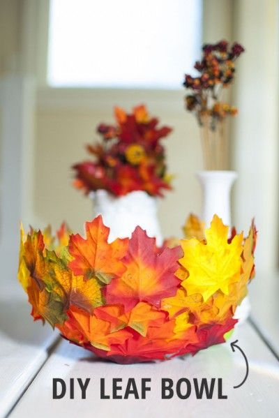 40+ Creative DIY Craft Projects with Fall Leaves --> Leaf Bowl
