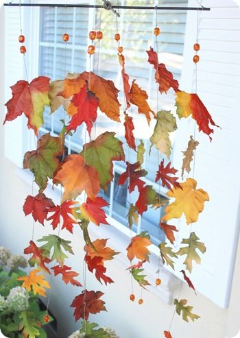 40+ Creative DIY Craft Projects with Fall Leaves --> Autumn Leaves Windcatcher