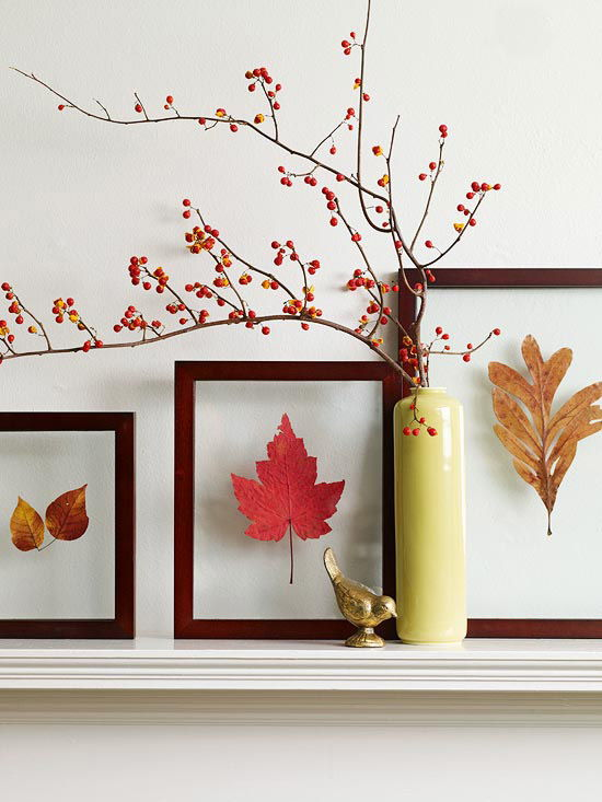 40+ Creative DIY Craft Projects with Fall Leaves --> Pretty Leaf Pressing Frames