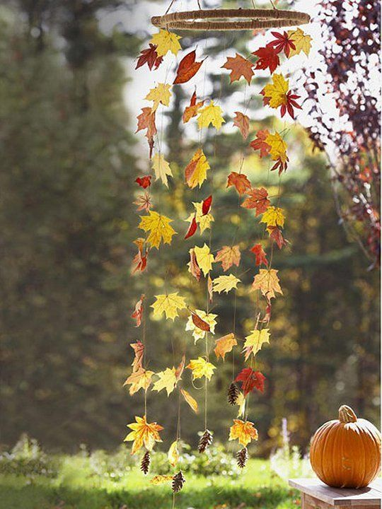 40+ Creative DIY Craft Projects with Fall Leaves --> Fall Leaf Wind Mobile