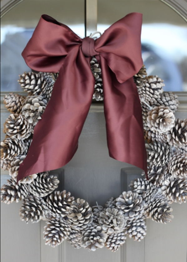 40+ Creative Pinecone Crafts for Your Holiday Decorations --> Pinecone Christmas Wreath