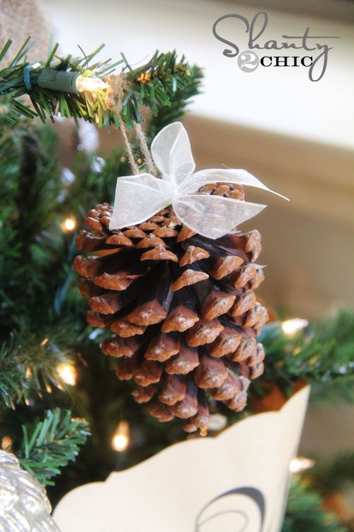 40+ Creative Pinecone Crafts for Your Holiday Decorations --> DIY Pinecone Ornaments