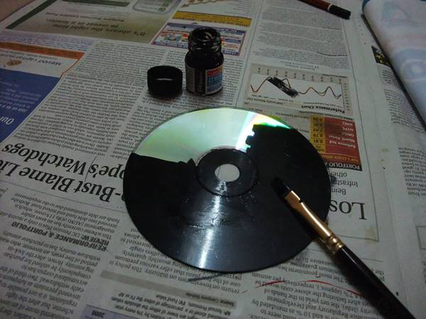 Creative Ideas - DIY Wall Art From Old CDs 1