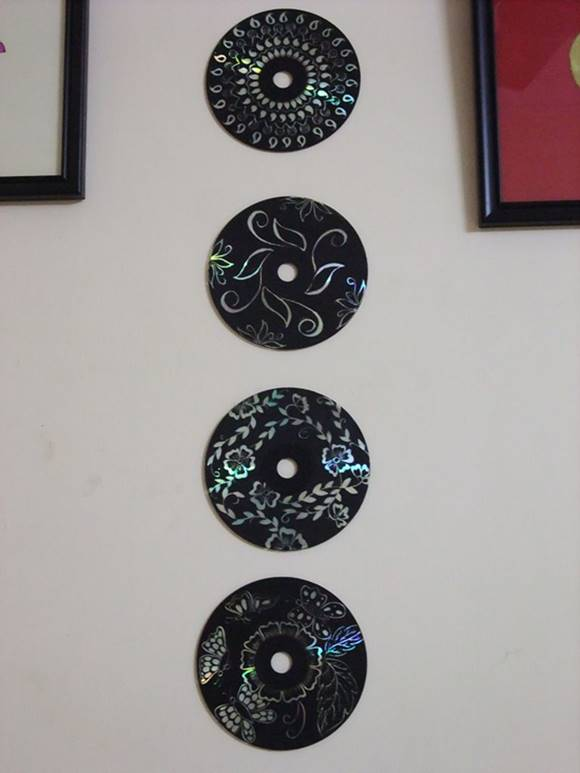 Creative Ideas - DIY Wall Art From Old CDs 4