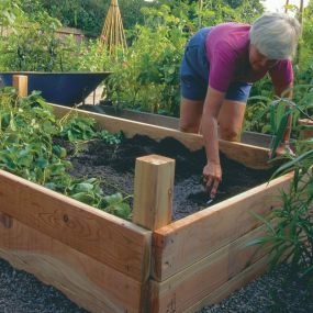 30+ Creative DIY Raised Garden Bed Ideas And Projects --> Build Your Own Raised Beds
