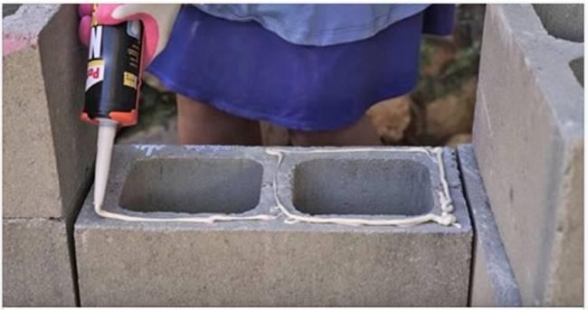 Creative Ideas - DIY Cinder Block Garden Bench