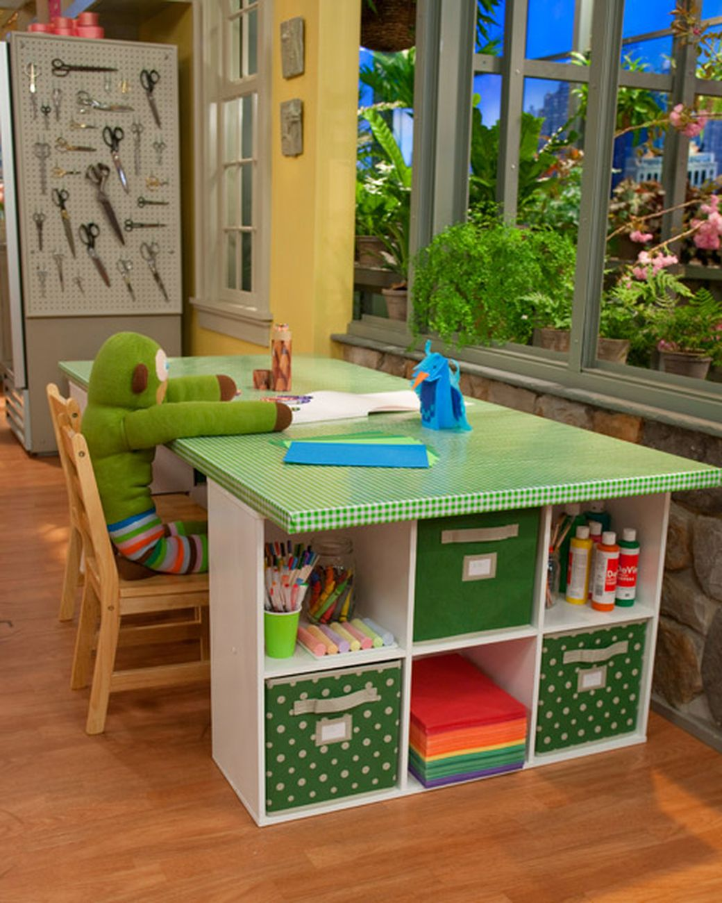 25+ Creative DIY Projects to Make a Craft Table --> Colorful Crafting Table