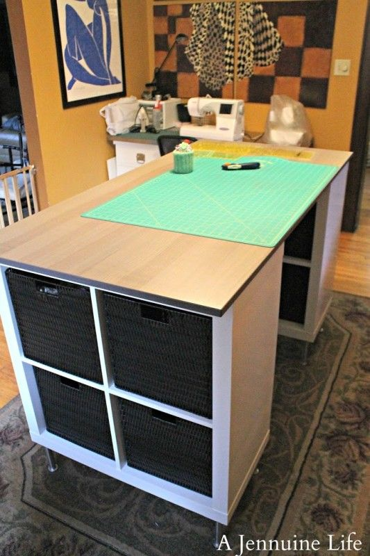 25+ Creative DIY Projects to Make a Craft Table --> DIY Stylish Counter Height Craft Table