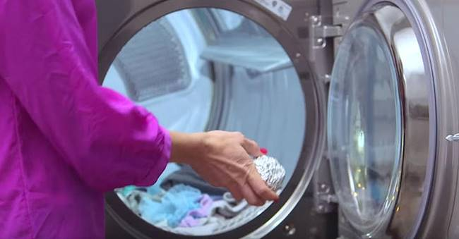 Awesome Mom Hacks for Laundry That Will Make Your Life