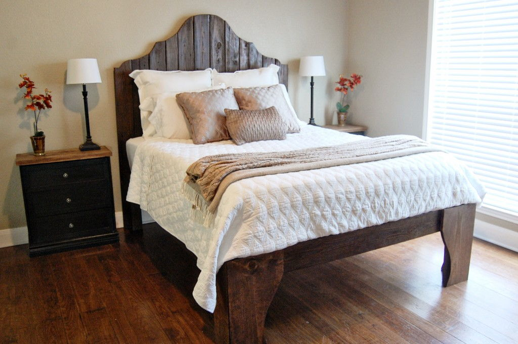 DIY Gorgeous Bed with Reclaimed Wood